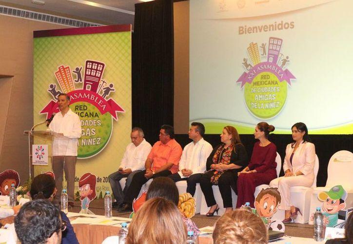 La XXI Asamblea de la Red Mexicana de Ciudades Amigas de la Niñez se realiza en este municipio y concluye este viernes. (Adrián Barreto/SIPSE)