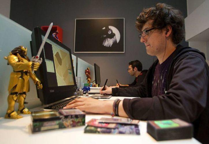 Los creativos colombianos también lanzaron los ebooks y cómics del héroe latinoamericano. (Agencias)