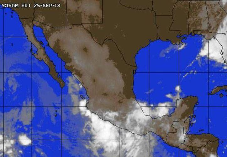 Durante la noche la temperatura descenderá a los 23 grados centígrados, se pronostica una probabilidad de lluvia de 30%. (www.accuweather.com)