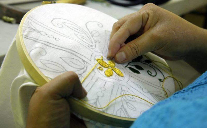 Manteles Bordados Por Latinas Seran Usados Durante La Visita Del - Manteles-para-bordar