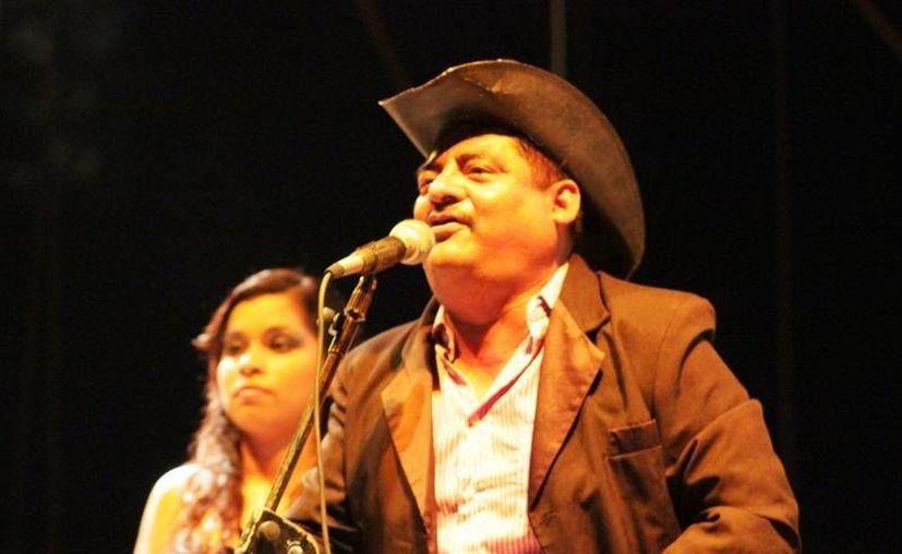 Invitan a los habitantes de la ciudad capital y de otras localidades para acudir a los festejos. (Edgardo Rodríguez/SIPSE)