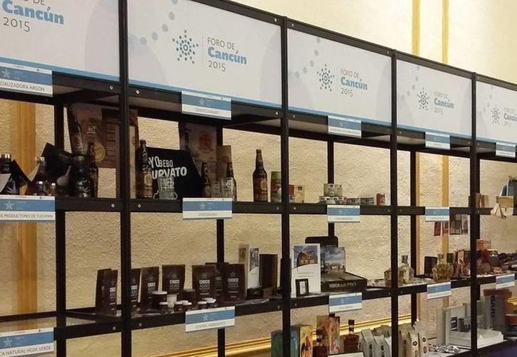 Más de 197 empresas exportadoras del país presentaron sus productos. (Tomás Álvarez/SIPSE)