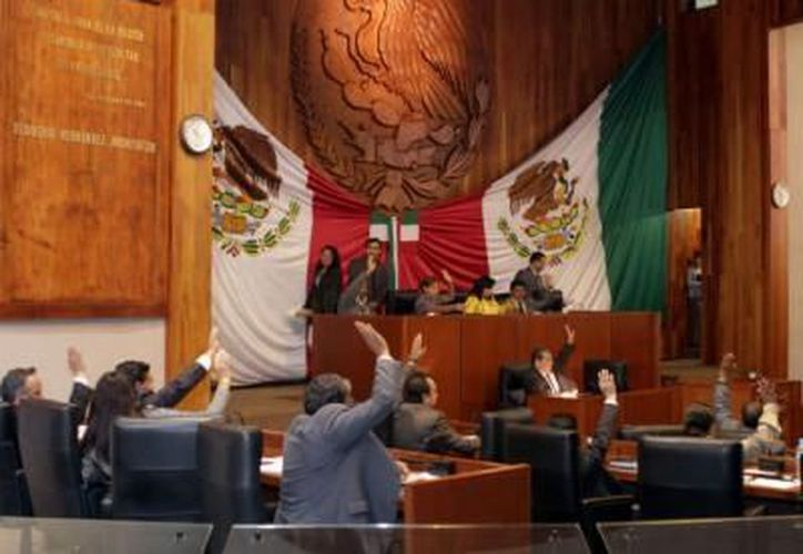 Los legisladores de Tlaxcala podrían  solicitar que el presupuesto de gastos médicos para el próximo año sea de 7 mdp. (Archivo Notimex)
