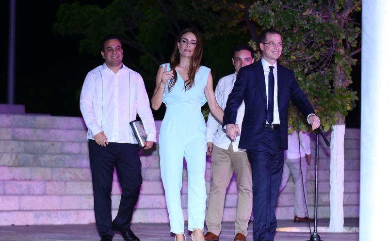 Ricardo Anaya y su esposa. (Fotos: Jorge Acosta/Milenio Novedades)
