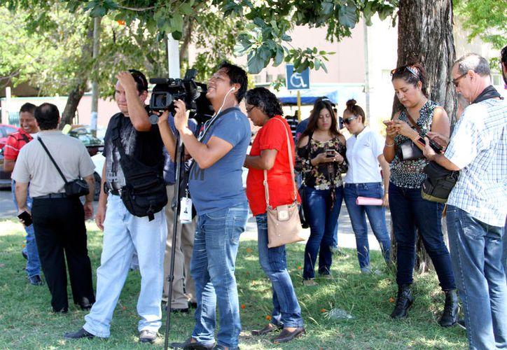 Los comunicadores del sur del estado pidieron garantías del gobierno. (Foto: Benjamín Pat / SIPSE)