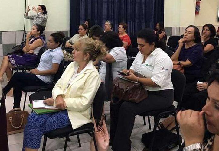 El evento se efectuó en el aula de capacitación Reforma de Estado de las instalaciones del Iapqroo. (Redacción/SIPSE)