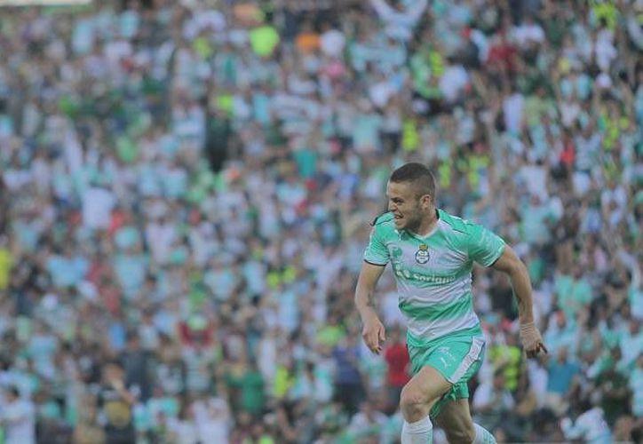 Santos mostró señales de vida en el torneo y logró una victoria ante los Pumas. (Liga MX)