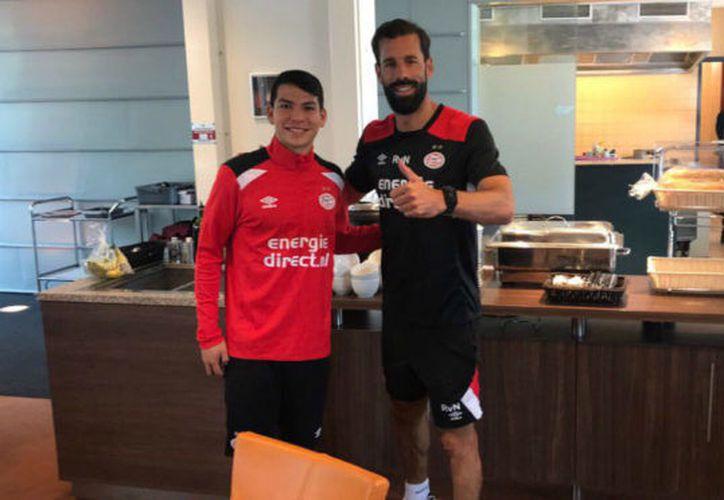 Hirving Lozano entrena con el PSV. (Twitter/ @psveindhoven).