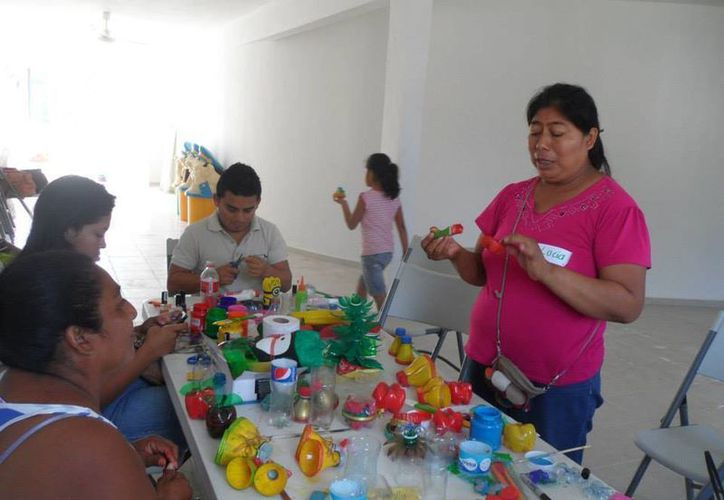 La asociación promueve las prácticas ambientales entre estudiantes de la Universidad del Caribe y habitantes de Cancún e Isla Mujeres. (Israel Leal/SIPSE)