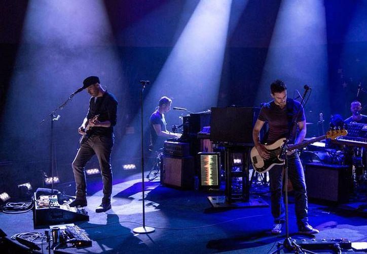 La agrupación Coldplay está en medio de la grabación de su nuevo disco 'A Head Dull of Dreams', el cual, según declaraciones de su líder Chris Martin, puede ser el último de la banda. (coldplay.com)
