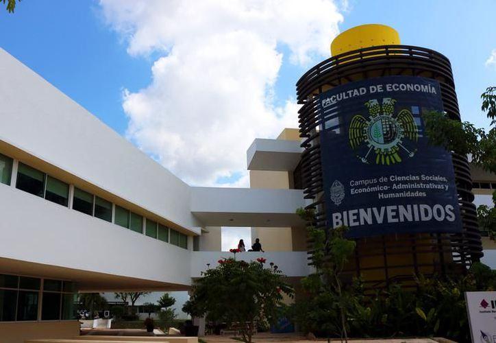 El estudio de conecetividad no tiene un plazo para ser concluido, pero se realizará en cada campus de la Universidad Autónoma de Yucatán (Uady). (SIPSE)