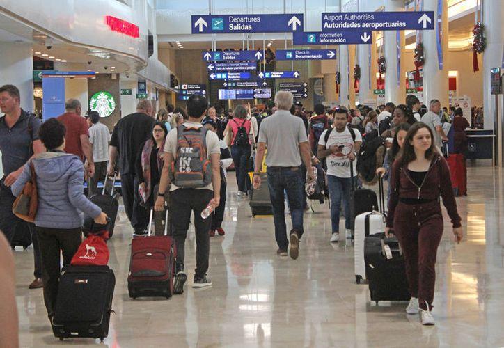 También destaca el vuelo de Palenque-Cancún, que tendrá una tarifa de 999 pesos. (Foto: Jesús Tijerina)