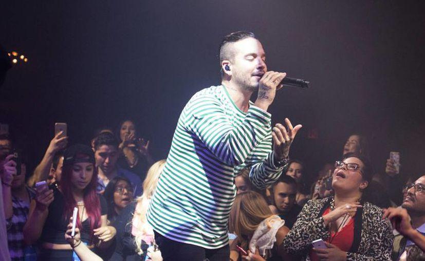J Balvin (foto), Metallica y Justin Bieber, entre otros artistas, se presentarán en México en 2017. (telemundo.com)