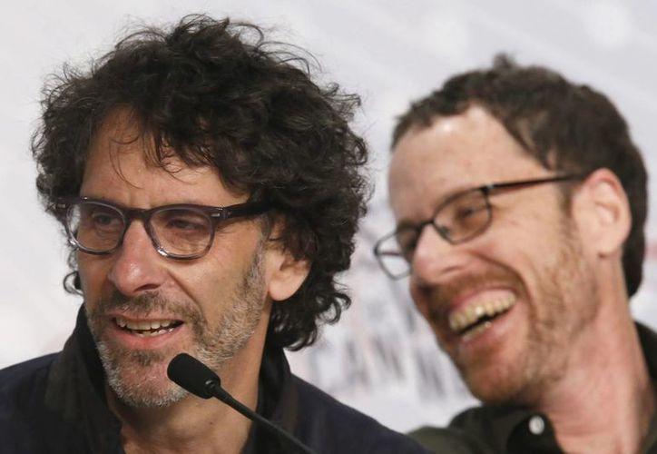 Los hermanos Coen dejan buen sabor en Cannes con una película pequeña y un gran actor. (EFE)