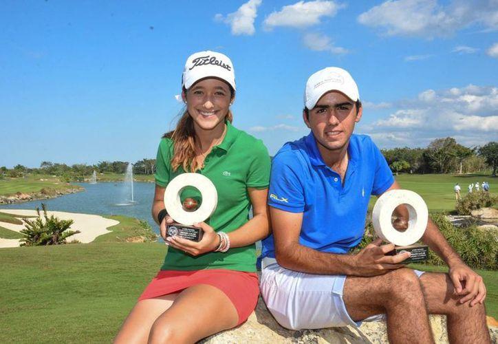 Isabella Fierro, del  Yucatán Country Club, y Javier González, de Punta Tibuyron, fueron los mejores en la la X Copa Yucatán de Golf. (SIPSE)