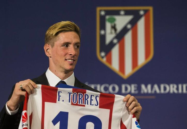 Torres portará el número 19 en la espalda como nuevo delantero del Atlético de Madrid. (AP)