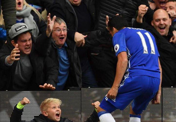 Chelsea ganó 4-0 al Chelsea en la Liga Premier. (Fotos: marca.com)