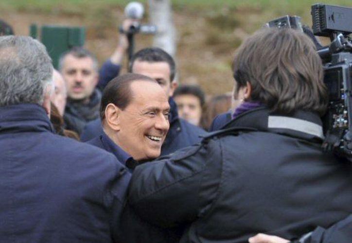 Berlusconi se muestra confiado de ganar las elecciones previstas para 2013. (Agencias)