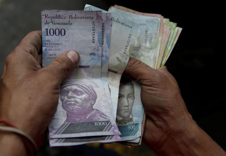 Es el segundo aumento salarial que aprueba el Ejecutivo en lo que va de año. (Foto: Reuters)