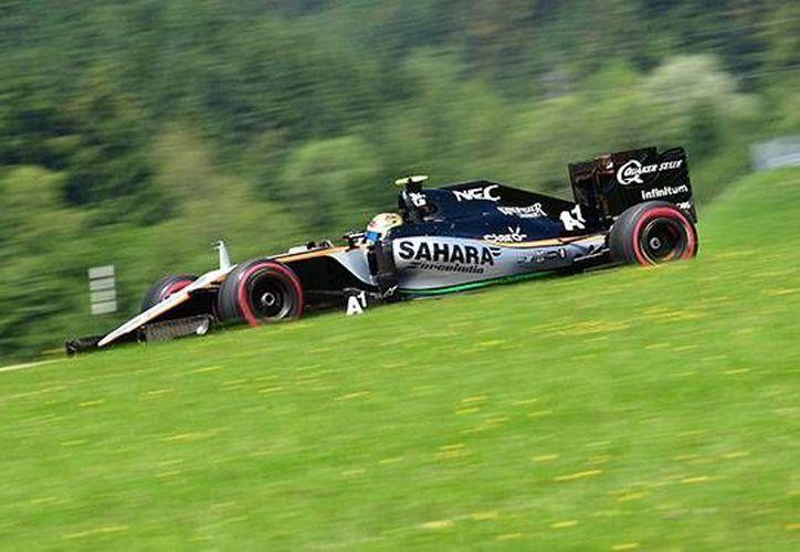 Sergio Pérez no participó en la Q2 debido a los problemas que sufrió su monoplaza durante los entrenamientos previos.(AP)