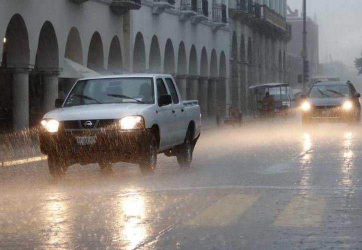 Para los próximos días se esperan lluvias fuertes no solo para Yucatán sino también para Quintana Roo y Campeche. (SIPSE)