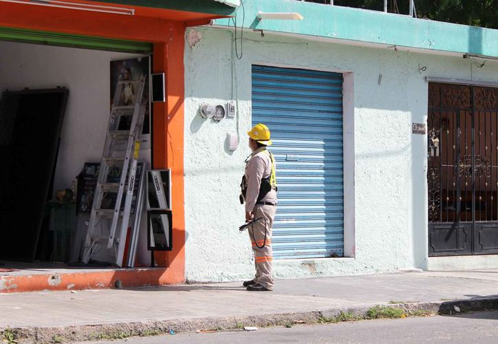 Para un pequeño comerciantes sin la liquidez económica necesarias, es decir que vive al día, es imposible continuar con las puertas abiertas. (Joel Zamora/SIPSE)