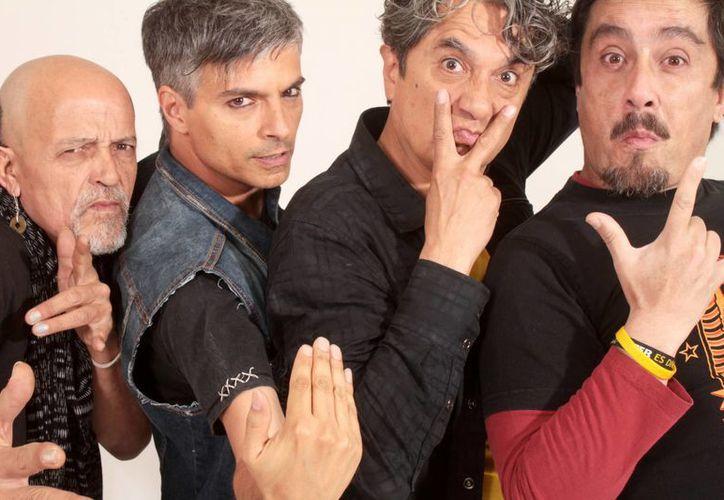 Botellita de Jerez se encuentra trabajando en nuevos proyectos discográficos, además de que ya están planeando su próximo aniversario. (Foto tomada de Facebook/HH botellita)