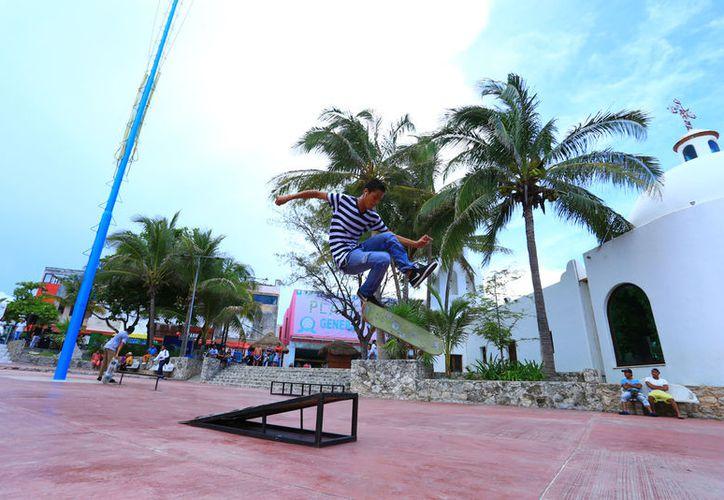 Más de 130 jóvenes participaron en con skateboard, break dance, free style y graffiti. (Foto: Redacción)