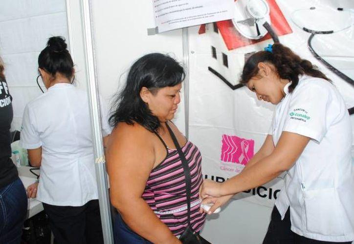 Ante la creciente población mexicana mayor de 65 años, el gasto en salud podría pasar del 7 al 10% del PIB. (SIPSE/Foto de contexto)