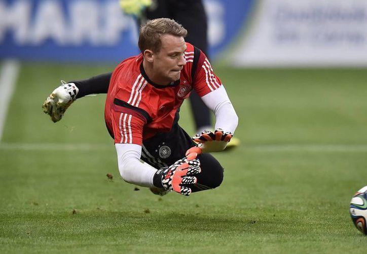 Manuel Neuer será fundamental para tratar de secar los ataques de Brasil en el primer partido de la semifinal del Mundial. (Foto: AP)