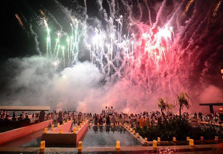 La noche de El Grito de Independencia diversos establecimientos ofrecerán eventos especiales en Playa del Carmen. (Adrián Barreto/SIPSE)