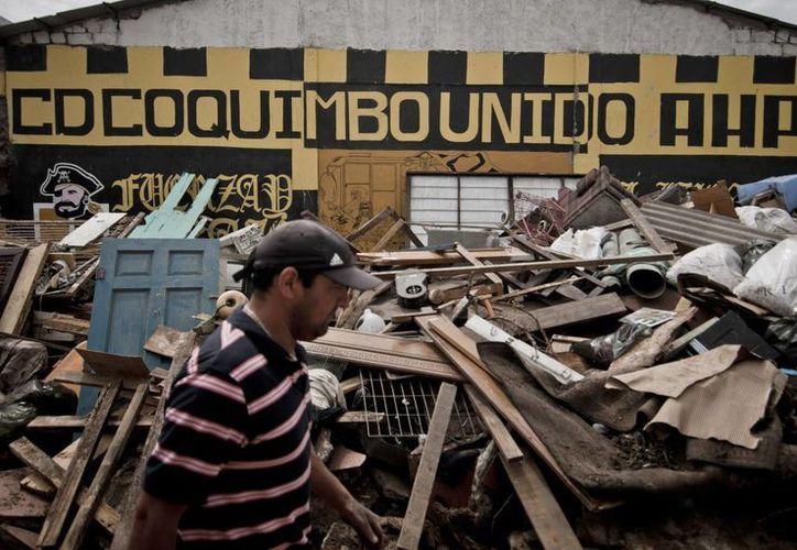 El sismo del pasado miércoles dejó cuantiosos daños materiales, 13 muertos y cinco desaparecidos. (EFE)