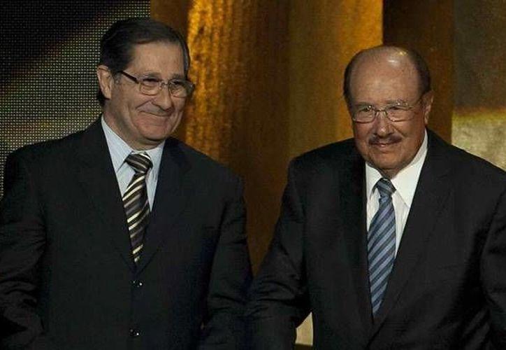 Edgardo Codesal (i) con Arturo Yamasaki Maldonado. Ambos construyeron la gran reputación del arbitraje mexicano. (mexsport.com)