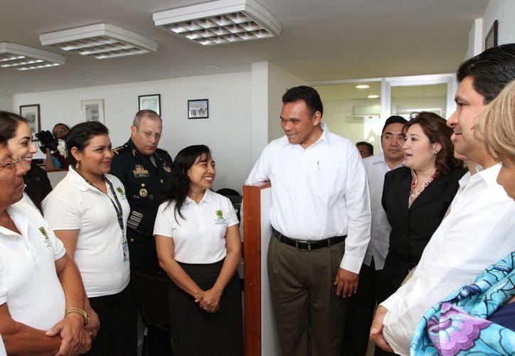 El Gobernador reconoció el esfuerzo, dedicación y entrega de cada uno de los miembros de la FGE. (Cortesía)