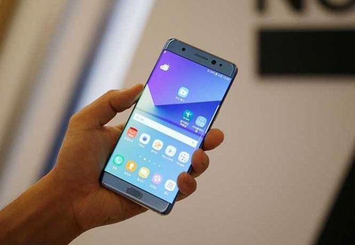 Las autoridades federales aclararon que su recomendación se basa en recientes informes acerca de las baterías de litio de algunos Samsung Galaxy Note 7 que explotaron. (Excélsior)