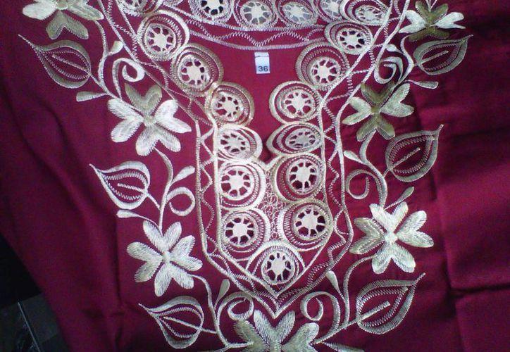La influencia de la cultura maya en la moda de Yucatán es un valor agregado, dicen empresarios del ramo. (Milenio Novedades)