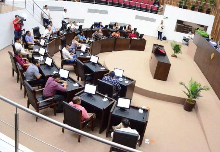 El recinto del Poder Legislativo recibirá a los nuevos diputados. (Foto: Milenio Novedades)