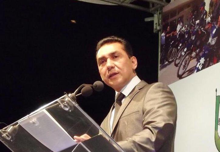 José Luis Abarca, exalcalde de Iguala, fue imputado como presunto autor intelectual de dos asesinatos. (twitter.com/IgualaOficialb)