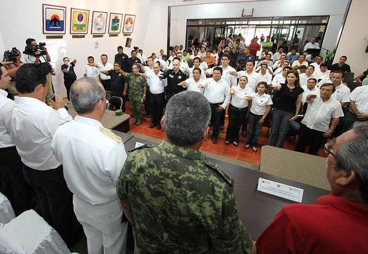 Hoy en Cozumel se instaló el Comité Operativo Especializado en Fenómenos Hidrometeorológicos 2014.  (Redacción/SIPSE)
