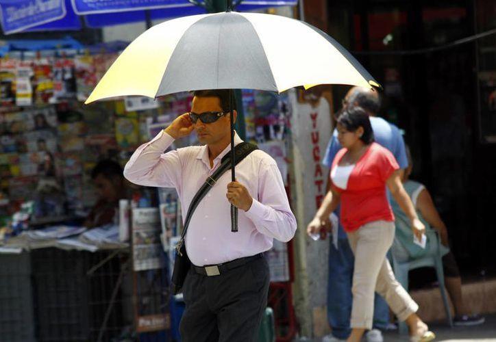 Ayer Mérida tuvo una temperatura máxima de 39.4 grados y un sol radiante. (SIPSE)