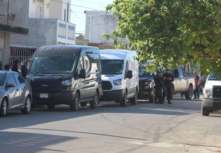 Vecinos del lugar comentaron que dichas acciones podrían estar relacionadas con el tráfico de drogas. (Gerardo Keb/ Milenio Novedades)