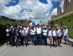 Eduardo Pacho cierra campaña visitando a su gente