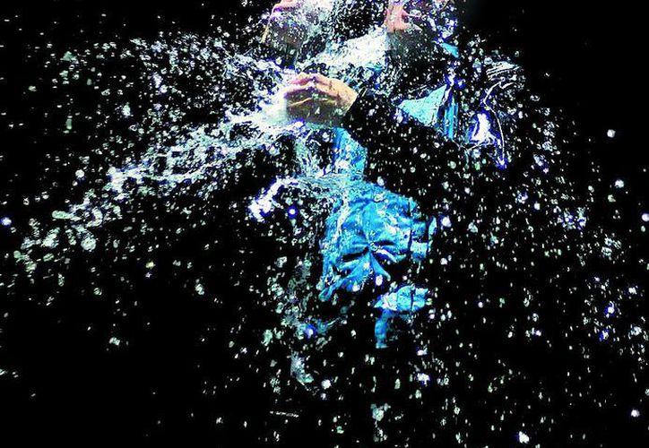 El espectáculo utiliza más de 30 mil litros de agua en cada función (Milenio)