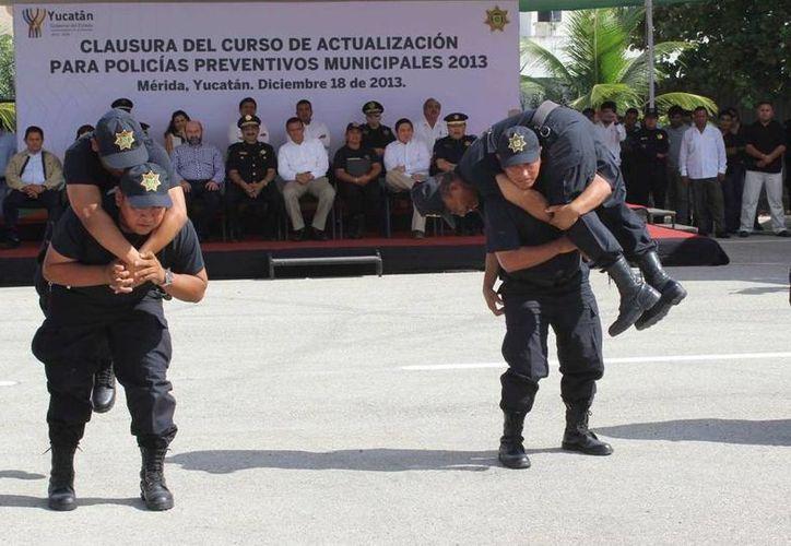 Los elementos policíacos reciben constante instrucción y capacitación de expertos extranjeros. (Milenio Novedades)