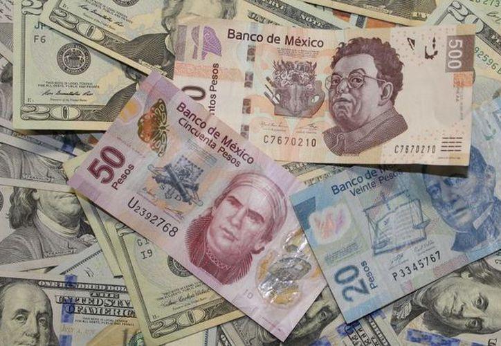 El vocero del próximo gobierno señaló que se debe llegar a un acuerdo para tranquilizar a los inversionistas y mantener la estabilidad de la moneda nacional. (Animal Político)