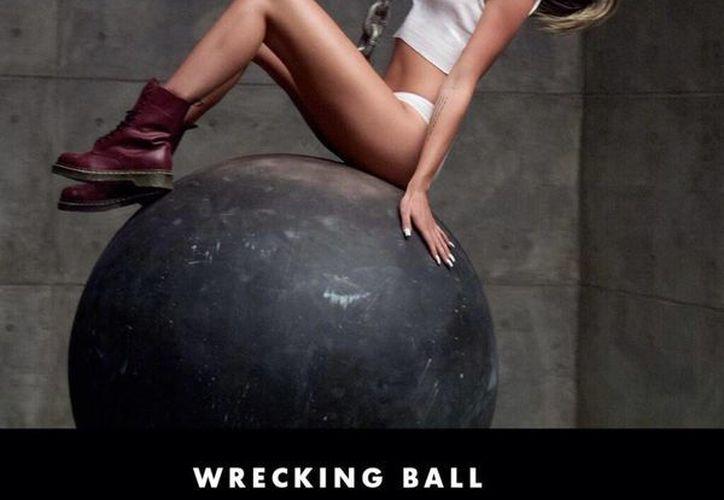 A un mes del lanzamiento oficial de su disco, Miley Cyrus no ha dejado de causar revuelo. (@MileyCyrus)