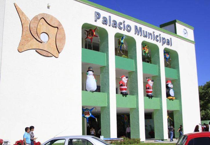 El Ayuntamiento de Othón P. Blanco heredó por concepto de proveedores una deuda de 115 millones de pesos. (Harold Alcocer/SIPSE)