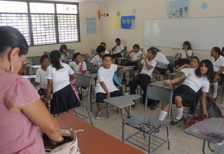 Las secundarias generales de Cancún iniciarán mañana un paro escalonado para hacer oír sus demandas. (Archivo/SIPSE)