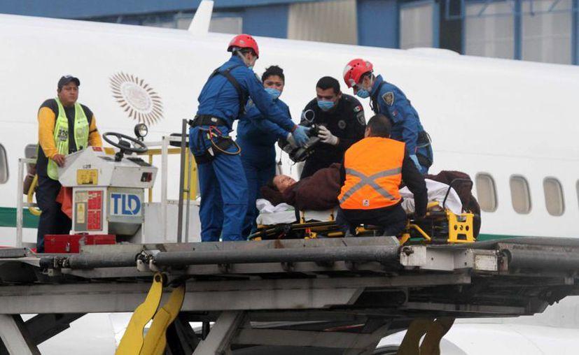 Los mexicanos heridos por error en un ataque en Egipto ya recibieron la visita de funcionarios en el Instituto Nacional de Rehabilitación. (Notimex)