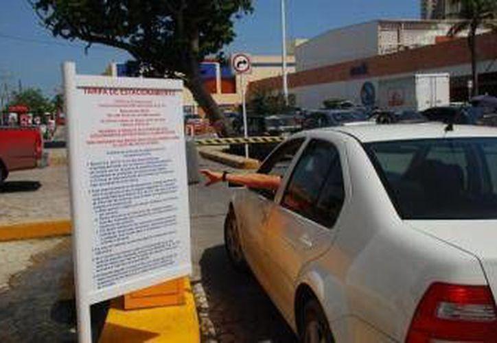 El pasado fin de semana fueron hurtados ocho automóviles del estacionamiento. (Archivo/SIPSE)